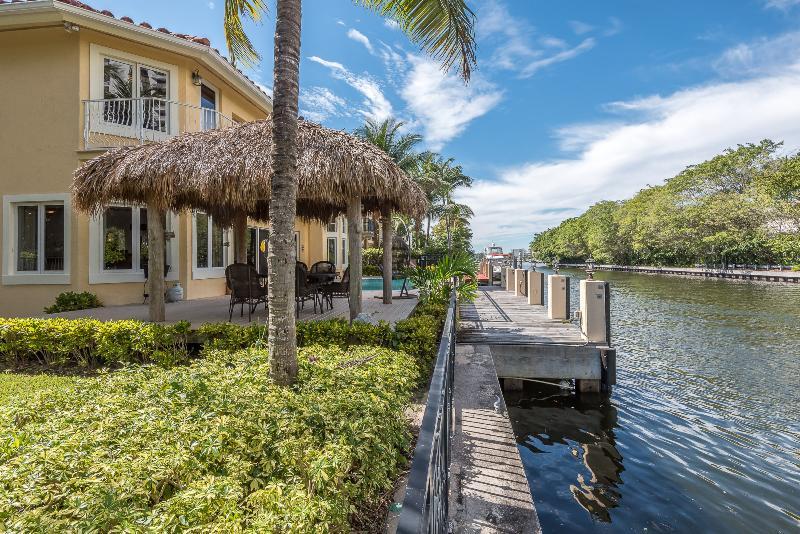Spectacular North Beach Mansion - Image 1 - Miami Beach - rentals