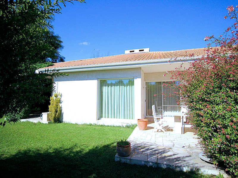 Baillargues Hérault, Villa 6p. in the heart of the green of Massane, 15 min. from Montpellier - Image 1 - Mont-roig del Camp - rentals