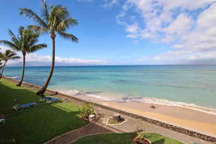 Oceanfront with amazing views of Lanai and Molokai - Lokelani Direct Oceanfront Two Bedroom Condo - Honokowai - Napili-Honokowai - rentals