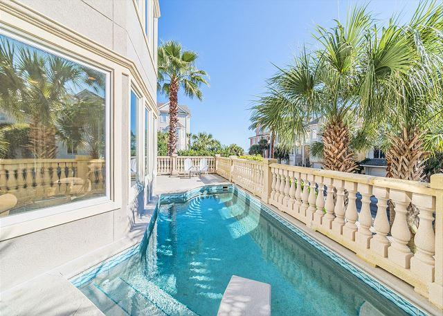 Welcome to Collier Court 3 - Collier Court 3, Luxury 6 Bedrooms, Private Pool, Elevator, Sleeps 14 - Hilton Head - rentals