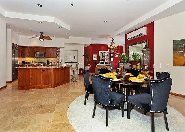 Big as a house! Large, luxurious 2 bed 2.5 bath condo with parking. Sleeps 8 - Image 1 - Waikiki - rentals
