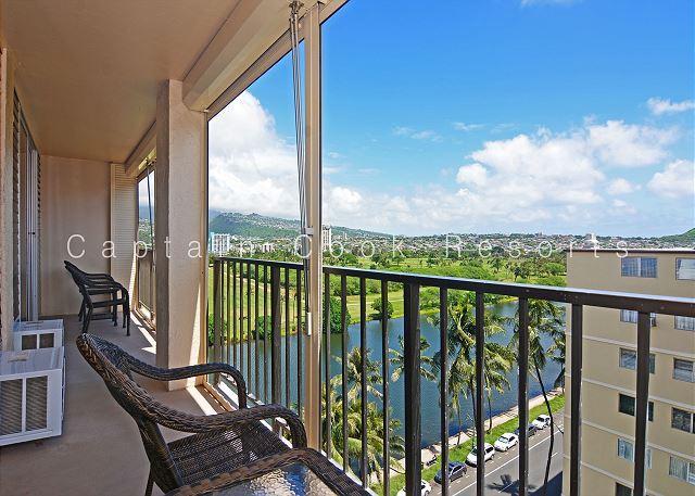 Washlet!  A/C, washer/dryer, dishwasher, WiFi, and parking. - Image 1 - Waikiki - rentals
