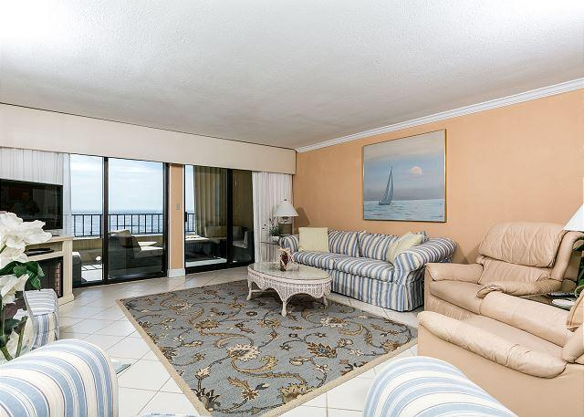 Calming decor brings the beach indoors. There is also a queen pu - SD 402: Kick your feet up BEACHFRONT from this SPACIOUS 2/BR CONDO! - Fort Walton Beach - rentals