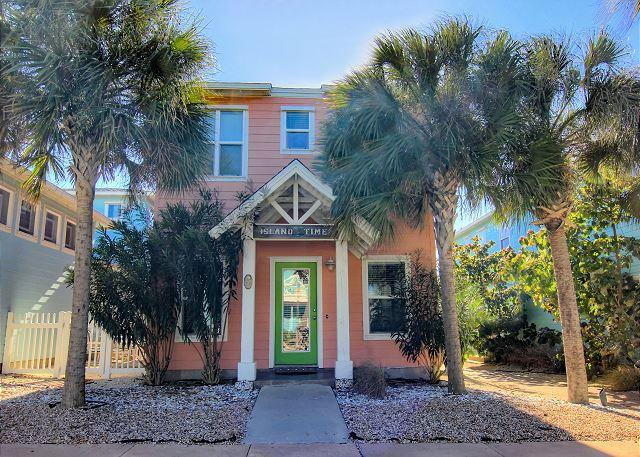 """Come spend a little """"Island Time"""" in this 3 bed 3 1/2 bath home! - Image 1 - Port Aransas - rentals"""