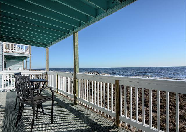 Sands III C2 - Fantastic ocean front condo with pool - Image 1 - Carolina Beach - rentals