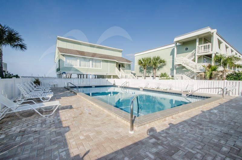 Spacious Luxury Townhome-Direct Sound Access! - Image 1 - Pensacola Beach - rentals