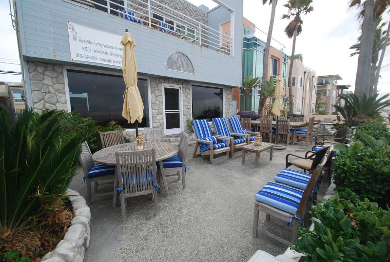 The Big Beach House (Patio) - The Big Beach House! - Pacific Beach - rentals