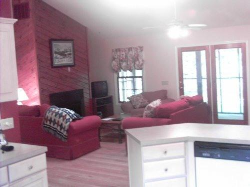 Open Kitchen, Family Room and Dining Area - The Retreat at Massanutten 7B for 18, WIFI, Views - Massanutten - rentals