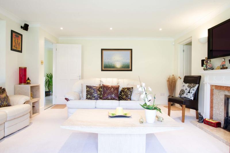 4 bed house, Wonford Close, Kingston bordering Wimbledon - Image 1 - London - rentals