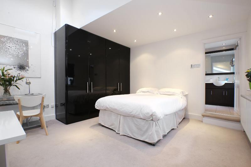2 bed maisonette with studio, Mill Lane, West Hampstead - Image 1 - London - rentals
