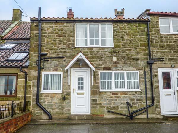 FAIRHAVEN COTTAGE, pet-friendly, WiFi, close to Whitby, Ugthorpe, Ref 929095 - Image 1 - Ugthorpe - rentals