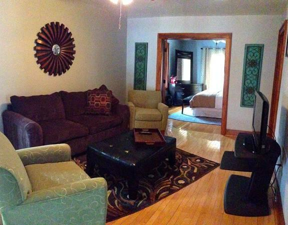 3 Br Apartment in Downtown Elkhart Lake - Image 1 - Elkhart Lake - rentals