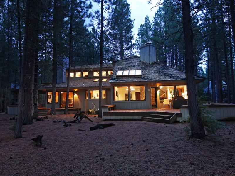 Back of home viewed from golf course - Premiere Black Butte Golf Home *w/ Hot Tub & Sauna - Sisters - rentals