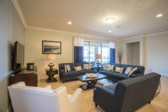 Luxurious 8 Bedroom Pool Home In Brand New Resort. 8882ML - Image 1 - Orlando - rentals