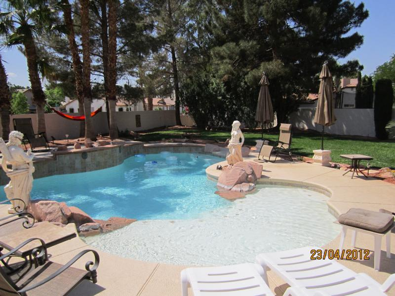 Gorgeous 3 Bedroom Furnished Home - Image 1 - Henderson - rentals