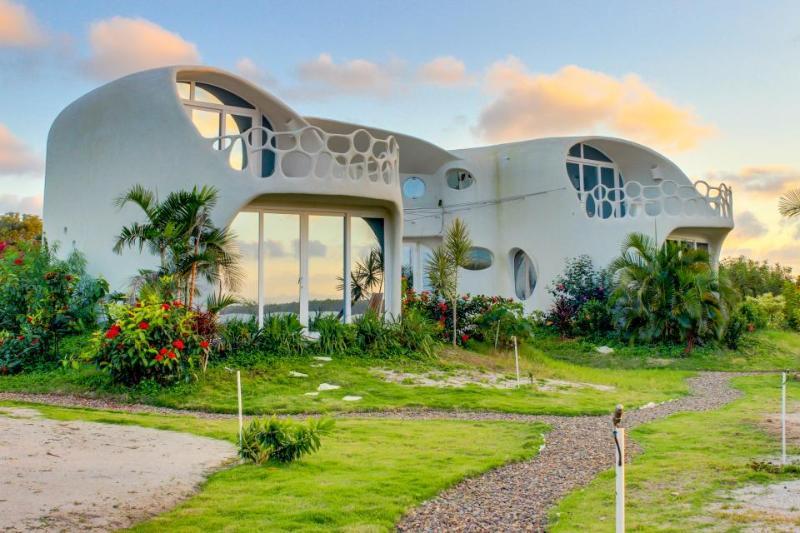 Ocean Villa - Swan Villas - Image 1 - Placencia - rentals