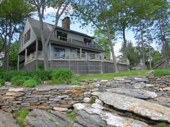 SPRUCE POINT ESTATE | KAYAKING, BOATING, BIKING AND MORE! | SUNNY & BEAUTIFUL | ACTIVE & SERENE | OCEAN-FRONT - Image 1 - Boothbay - rentals