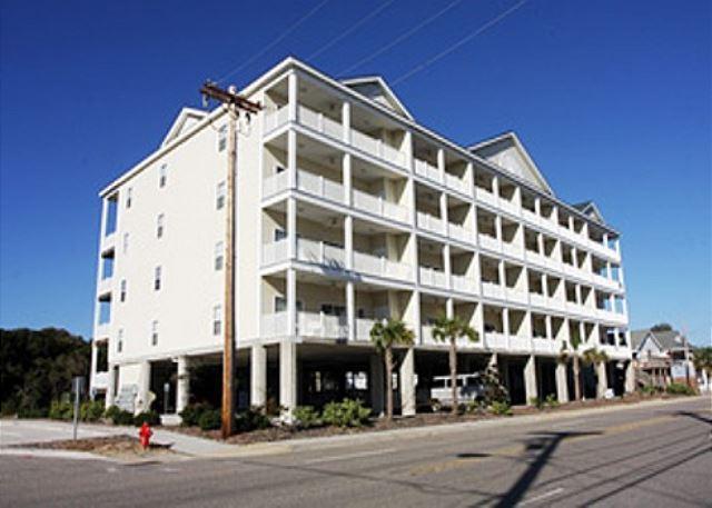 Coconut Grove building - Spacious 6 bedroom, 5 bathroom, 2nd row condo - North Myrtle Beach - rentals