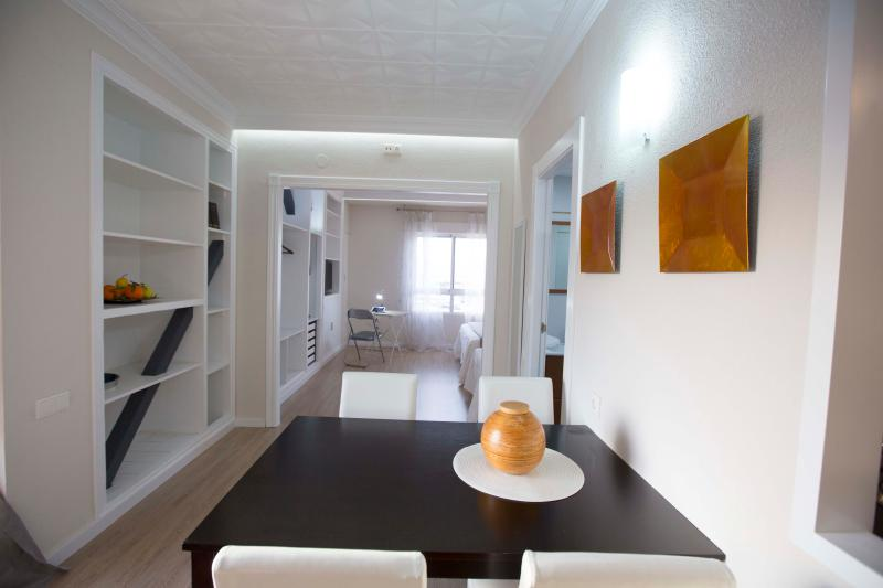 Studio Apartment with Sea View - Image 1 - Alicante - rentals