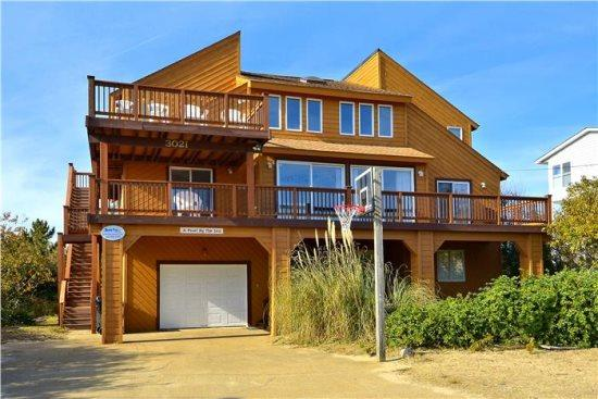 Pearl by the Sea *Semi-Oceanfront!* - Image 1 - Virginia Beach - rentals