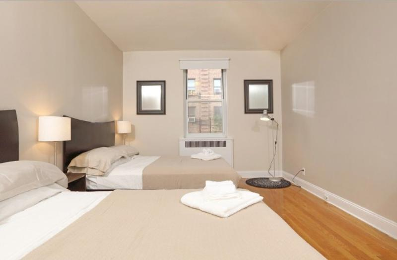 Tidy 2 Bedroom, 1 Bathroom Apartment in New York - Near Central Park and Public Transport - Image 1 - New York City - rentals