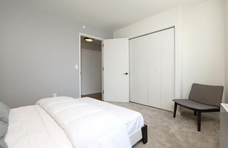 Comforble and Cozy 2 Bedroom, 2 Bathroom New York Apartment With Views of Manhattan Skyline - Image 1 - New York City - rentals