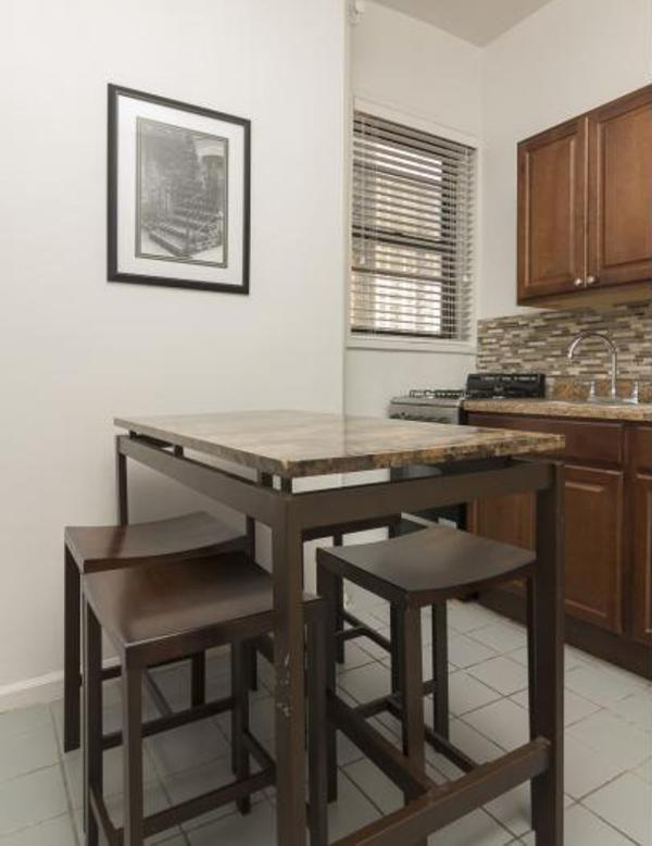 Comfortable 2 Bedroom Apartment in New York - Air Conditioned Room - Image 1 - New York City - rentals