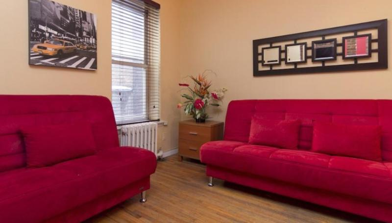 COMFORTING AND FURNISHED 2 BEDROOM APARTMENT - Image 1 - New York City - rentals