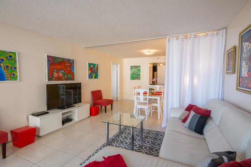 Artistic modern 1 bedroom condo, sleeps 4 - Image 1 - Miami - rentals