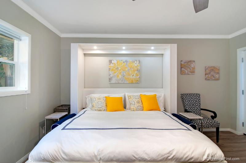Cozy Eastern King bed - Mission Bay Studio Retreat - Pacific Beach - rentals