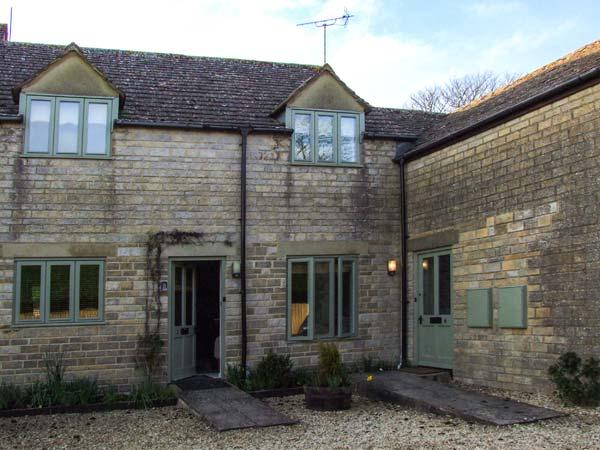 TILLOWS COTTAGE stone-built, romantic, open plan, shop and pub nearby, WiFi, in Bibury, Ref 933748 - Image 1 - Bibury - rentals