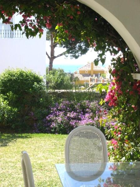 103-0302_IMG.jpg - 2 Bed apt in Paraiso Estepona - Province of Malaga - rentals
