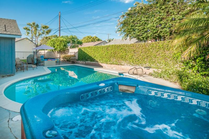 Remodeled home less than 1 mile to Disneyland, pool/hot tub! - Image 1 - Anaheim - rentals