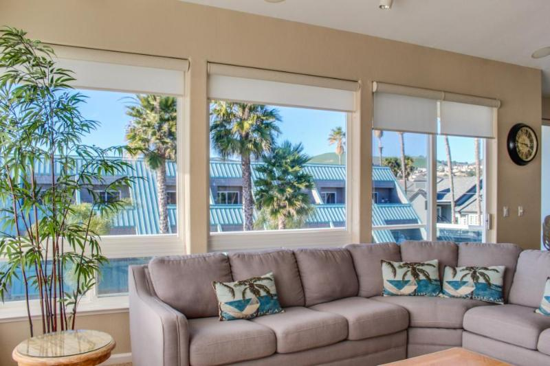 Oceanfront views, three balconies & steps from the beach! - Image 1 - Pismo Beach - rentals