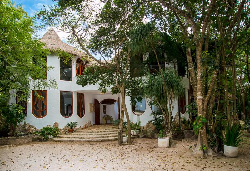 Casa Natural, luxury architect Villa for rent - Image 1 - Cancun - rentals