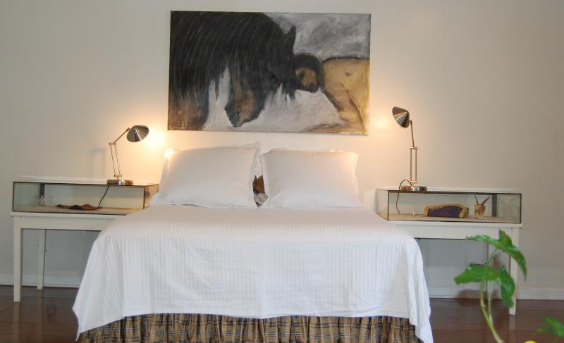 Queen size bed, very comfortable - Courtyard Cottage. A refuge in the city - New Orleans - rentals