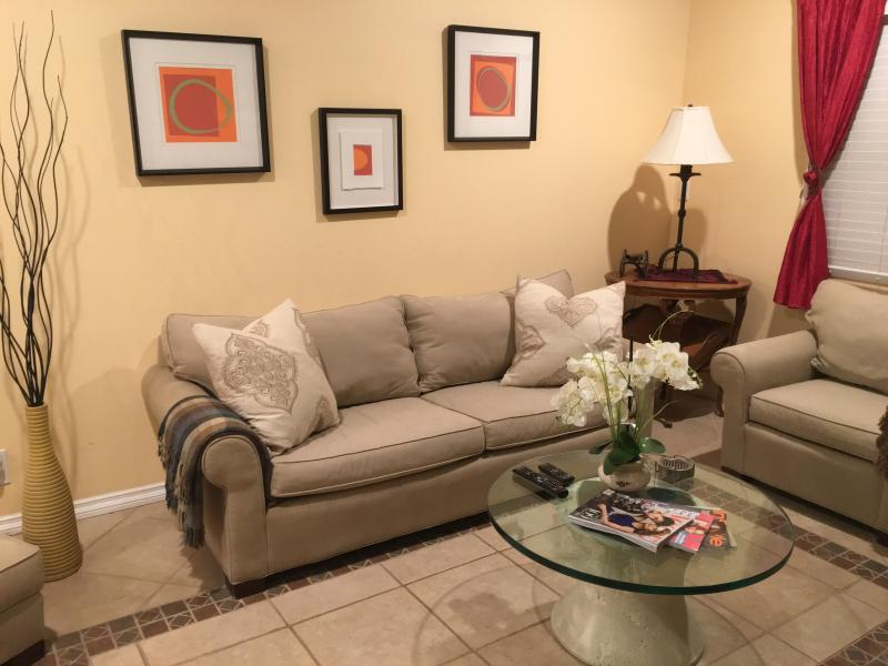 The Living Room - CALIFORNIA LIVING AT ITS BEST BY THE BEACH!! - Redondo Beach - rentals
