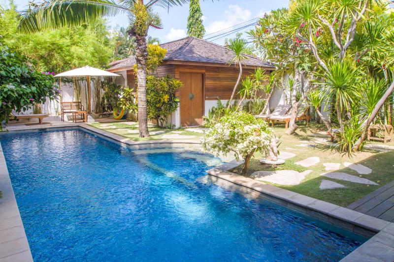 View of pool and pavilion bedroom from the living area - SEMINYAK 13m POOL private 2lgebrms LOCATION value! - Seminyak - rentals
