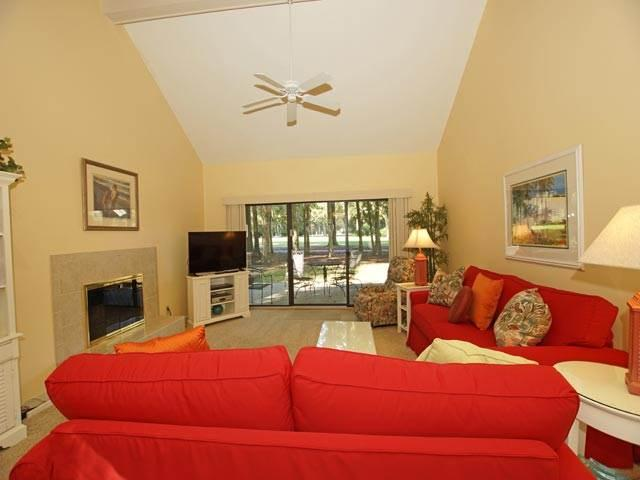 IN 960 - Image 1 - Hilton Head - rentals