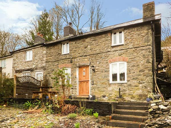 BRYN TEG traditional stone cottage, woodburner, garden, pet-friendly, views, Machynlleth ref 933836 - Image 1 - Machynlleth - rentals