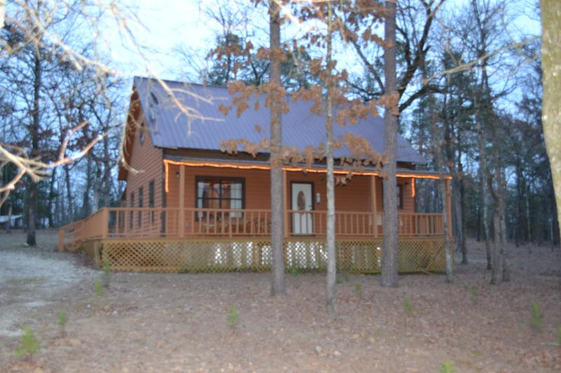 Cabin in the Woods - Family Fun for all ages Pine Creek Lake - Broken Bow - rentals