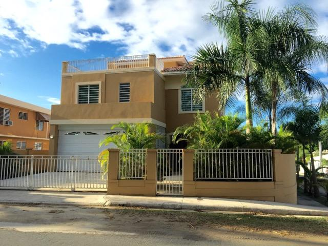 Private Home with 4 bedrooms 3 1/2 baths, private pool. - Tropical Custom Home, Pool & Beach 4 Bed/3.5 Bath - Rincon - rentals