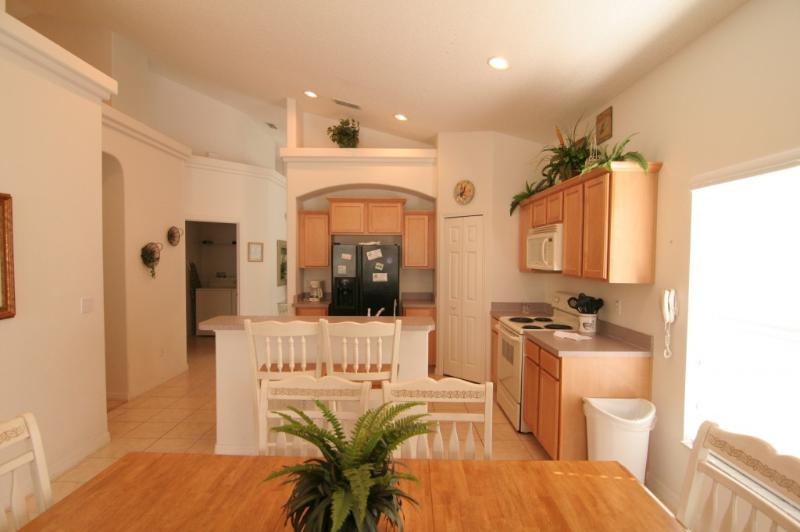 Fully-Equipped Kitchen - Glenbrook Resort Villa -PoolSpa /WiFi/GameRoom - Four Corners - rentals