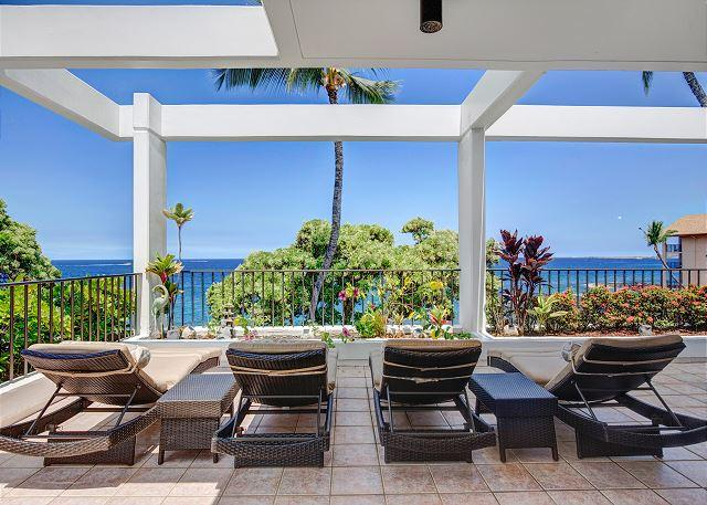 Ocean Front Lanai - Beautiful oceanfront condo at Royal Sea Cliff 209-RSC 209 - Kailua-Kona - rentals