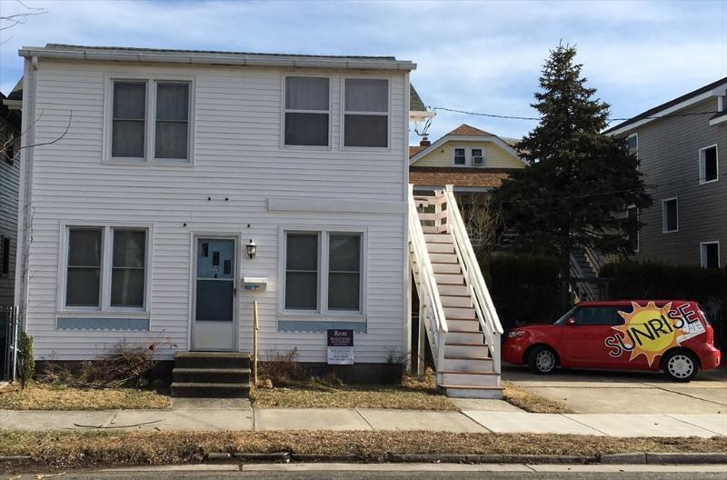 225 Asbury Avenue 2nd Flr. 128182 - Image 1 - Ocean City - rentals