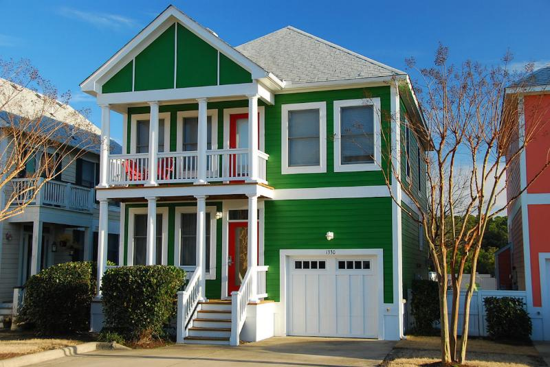 Devonshire 3 Bedroom Home at Bermuda Bay Resort - Image 1 - Kill Devil Hills - rentals