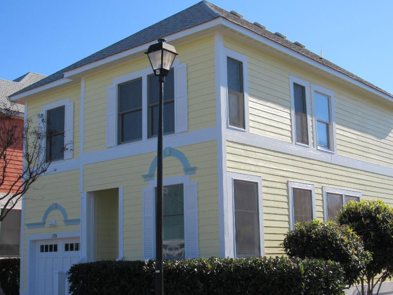 2 BR / 2 BA Devonshire at Bermuda Bay Resort - Image 1 - Kill Devil Hills - rentals