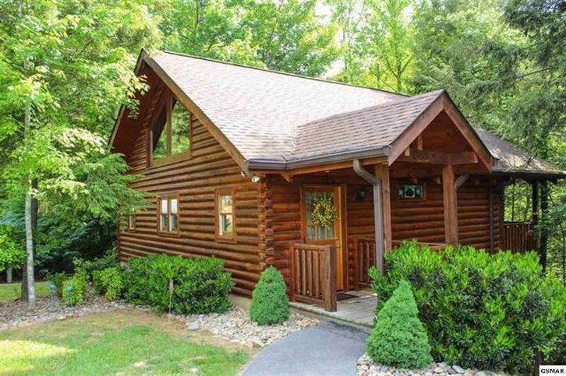 Love Me Tender -- Love Me Sweet -- Honeymoon Cabin - Image 1 - Sevierville - rentals