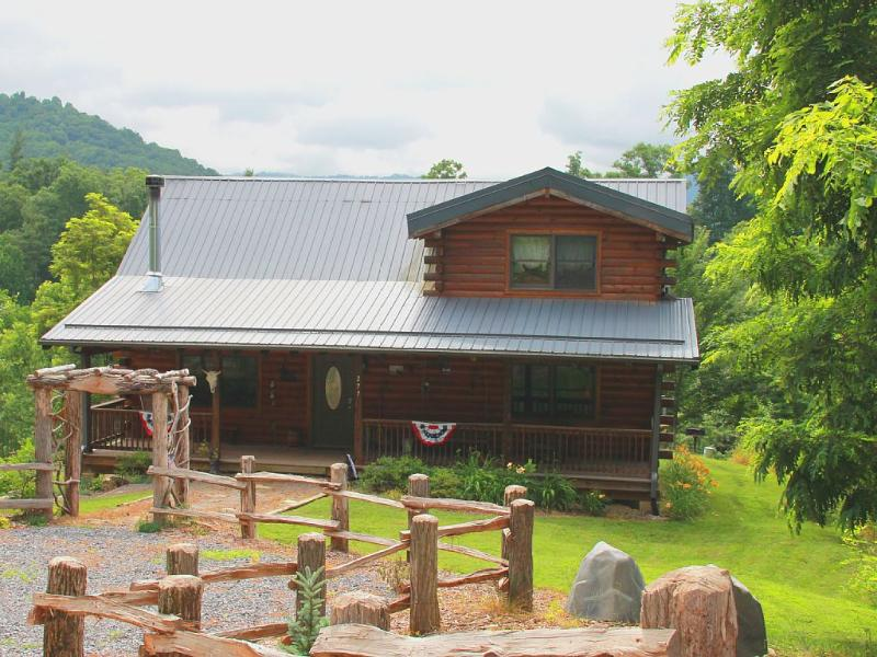 Bison Overlook Lodge - Bison Overlook Lodge..on a 65 Acre Buffalo Ranch!! - Clyde - rentals