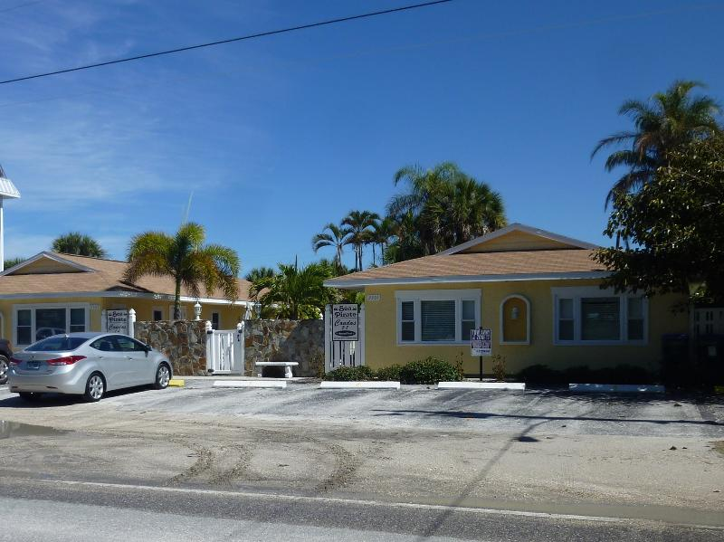 Sea Pirate condo is located just accross the street from beach - Family Friendly Cottage by the Sea - Holmes Beach - rentals